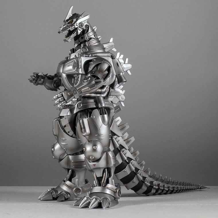 Kaiju Addicts - X-Plus Kiryu Vinyl Figure - Hero Shot.