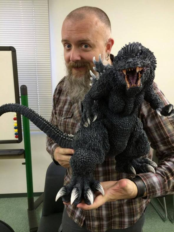 Kaiju Addicts - Kyle Yount at X-Plus with the Gigantic Series GMK.
