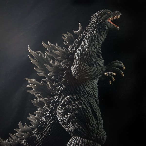 X-Plus Godzilla 2003. Photo by John Stanowski / Kaiju Addicts.