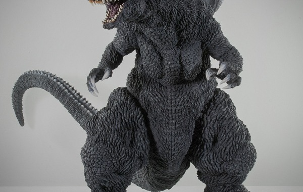 Kaiju Addicts: X-Plus Gigantic Series Godzilla 2001 vinyl figure review.