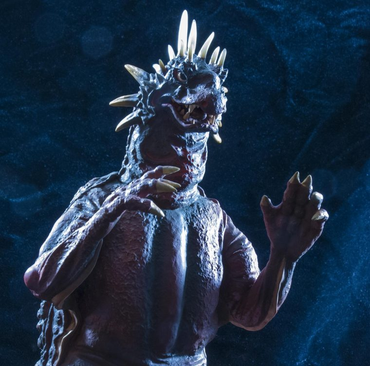 KaijuAddicts - X-Plus Toho 12-inch Series Varan 1958 Vinyl Figure sweetened up in Photoshop.
